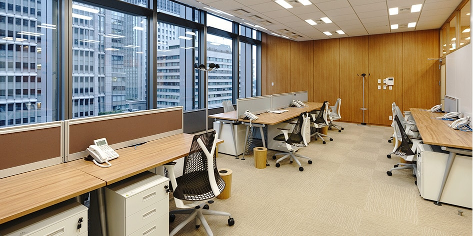 for 13 people japanese office layout76 office